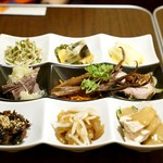 福満苑 鼓楼 - 9種の前菜