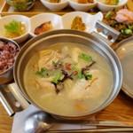 MEGURI CAFE KITCHEN 美秀膳 - 料理写真:参鶏湯