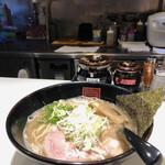 麺屋のすけ - 料理写真: