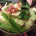 ヤキヤ - モツ鍋