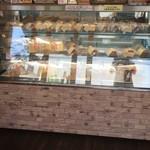 淡路島しふぉんの店 fortune - 季節のシフォンなど6種類以上のケーキをご用意