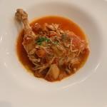 Bisutorovivan - ひまわり鶏骨付きもも肉猟師風トマト煮込み