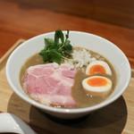 拉麺 ぶらい - 料理写真:極濃純煮干 + 燻製煮玉子☆