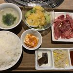 kandayakinikuorenoniku - 黒毛和牛カルビ定食1,280円