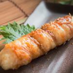 個室 肉炉端居酒屋 九州うまか屋 - 料理写真:肉巻ききりたんぽ