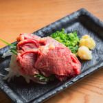 個室 肉炉端居酒屋 九州うまか屋 - 料理写真:ハラミ刺し