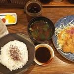 113641710 - ◆とんかつ定食◆1330円(税込)♪