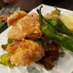 トリヒデ泉 - 若鶏の唐揚げ