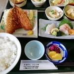 Izunosuke - 伊豆之助定食 1000円