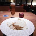 ニューヨークカフェ - ビール、レーベル ルージュ、ポテチ