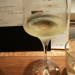 クラブハウスエニ - 白ワイン:シャルドネ