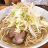 麺屋 カミカゼ - 料理写真:ラーメン(普通盛り・麺270g)ニンニクあり。野菜、ニンニクはマシマシにせずデフォルト。