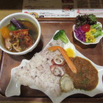 CURRY SHOP S - 「北海道コンビカレーセット」(¥1,680)