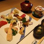 空 - 光風 玄界灘の新鮮な魚の握りと糸島野菜の鮨の盛り合わせ、先付け、茶碗蒸し、汁物の他にデザートまでつきます。
