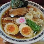 てんくう - ワンタン麺味玉入り(醤油)