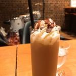 Cafe BAR カラス -