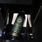 セント レジス ホテル - 客室のワイン