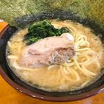 豚骨醤油ラーメン マルセイ - 醤油豚骨