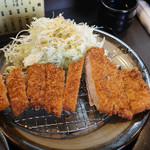 とん亭 - 料理写真:ロースかつ