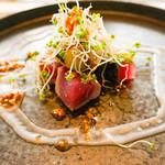 113691574 - 温前菜:鰹と茄子 ビナグレットソース