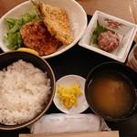 113692548 - アジフライとイカメンチ定食¥880-