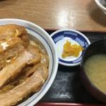 東華ファミリー - 料理写真:2019年8月13日  かつ丼並盛