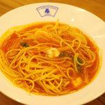 アトリエキッチン - 料理写真:トマトとモッツァレラチーズのパスタ