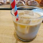 パンとエスプレッソと - アイスカフェラテ