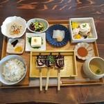 マメコメ - 料理写真:「湯葉二種盛り御膳 (1480円)」