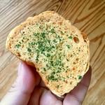 まつぼっくりパン - めんたいマヨラスク