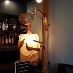 カレー&ごはんカフェ オウチ - E.T.がいます