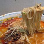 四川屋台 - オーソドックスなストレート麺