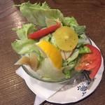 カフェ・バール こうべっこ - サラダ(500円)