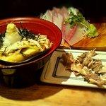 11374245 - フエ串、カンパチ刺身と黒板メニューの一品料理