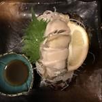 舞鶴港 漁師小屋 - ぼってり岩ガキ