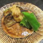炭焼 芹生 - 丸茄子 万願寺 トウモロコシ入りの味噌田楽