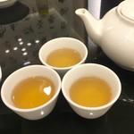 横浜大飯店 - ライチ茶