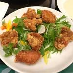 横浜大飯店 - 台湾風鶏肉の唐揚げ