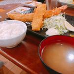 えびせい - ジャンボエビフライ定食  1,500円