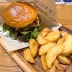 肉が旨いカフェ NICK STOCK - NICK熟成牛ダブルバーガー