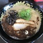 博多豚骨 暁商店 - 料理写真:黒とんこつ
