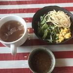 うえすたん - 料理写真:副菜とスープとソース!