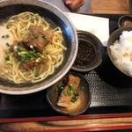 沖縄そば ゆんたく - ソーキそば定食