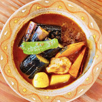 マハラジャ - 牛スジ肉と野菜のカレー・ナストッピング