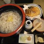 11379231 - 釜揚げうどんと天ぷらのセット 【 2012年1月 】