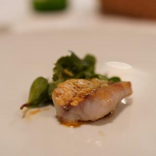 オステリア・エノテカ・ダ・サスィーノ - 料理写真:真鯛