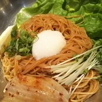 かね竹 - ピビン麺 860円