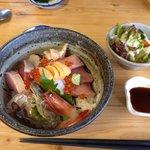 海鮮くらくら - 海鮮丼