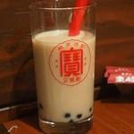 圭助 - タピオカミルクティーハイ(ほうじ茶)