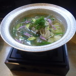 真 お魚と野菜 - 牡蠣と葱の小鍋